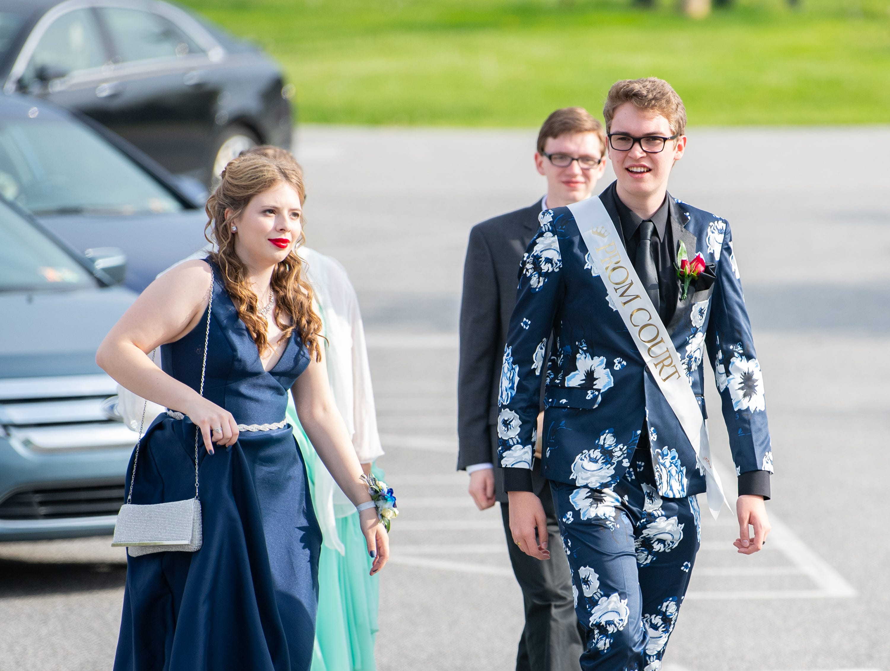 Students arrive at Wisehaven Event Center for the York Catholic prom, May 3, 2019.