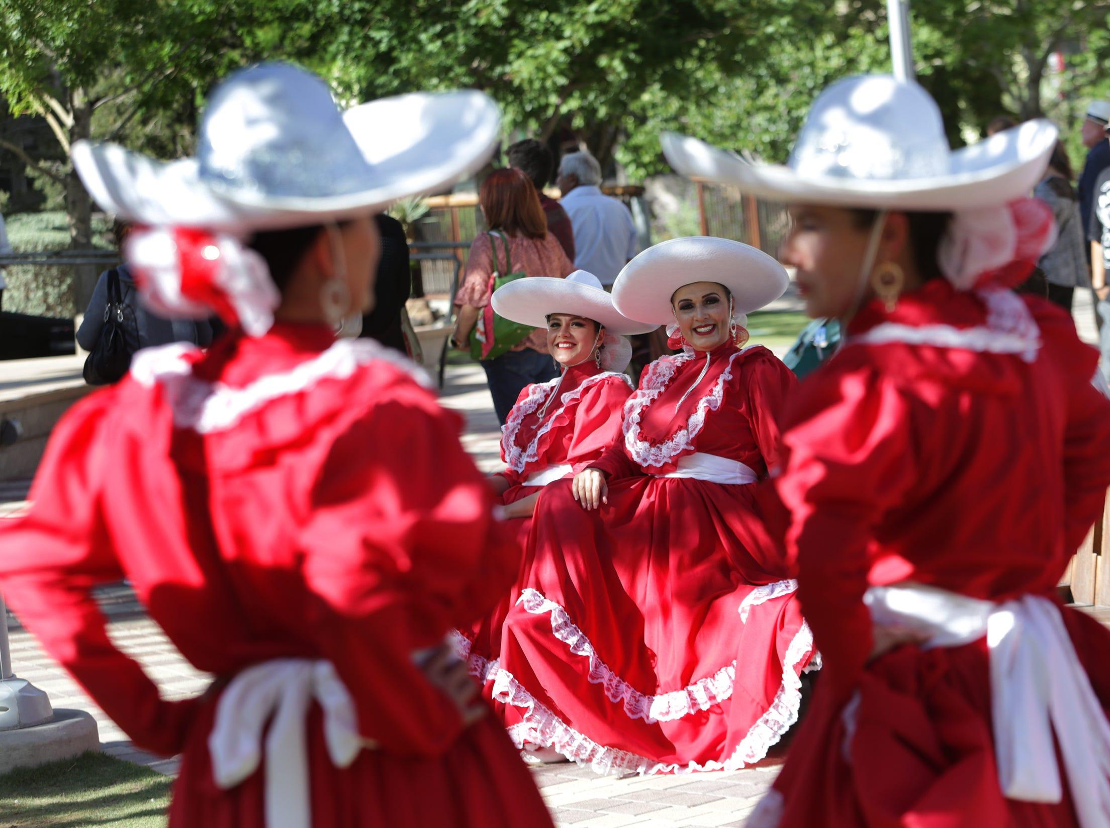 Hanks High School's Mariachi Los Trovadores and Danza Armayar open the 2019 Mariachi Loco Music Festival Friday at San Jacinto Plaza.