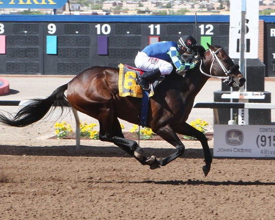 Runaway Ghost won the Sunland Park Handicap on Saturday at Sunland Park Racetrack & Casino.