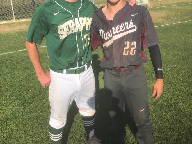 St. Bonaventure's Jake Saum, left, and Simi Valley's Andrew Devine pose together after their remarkable pitchers' duel in a Division 2 first-round playoff game Friday.