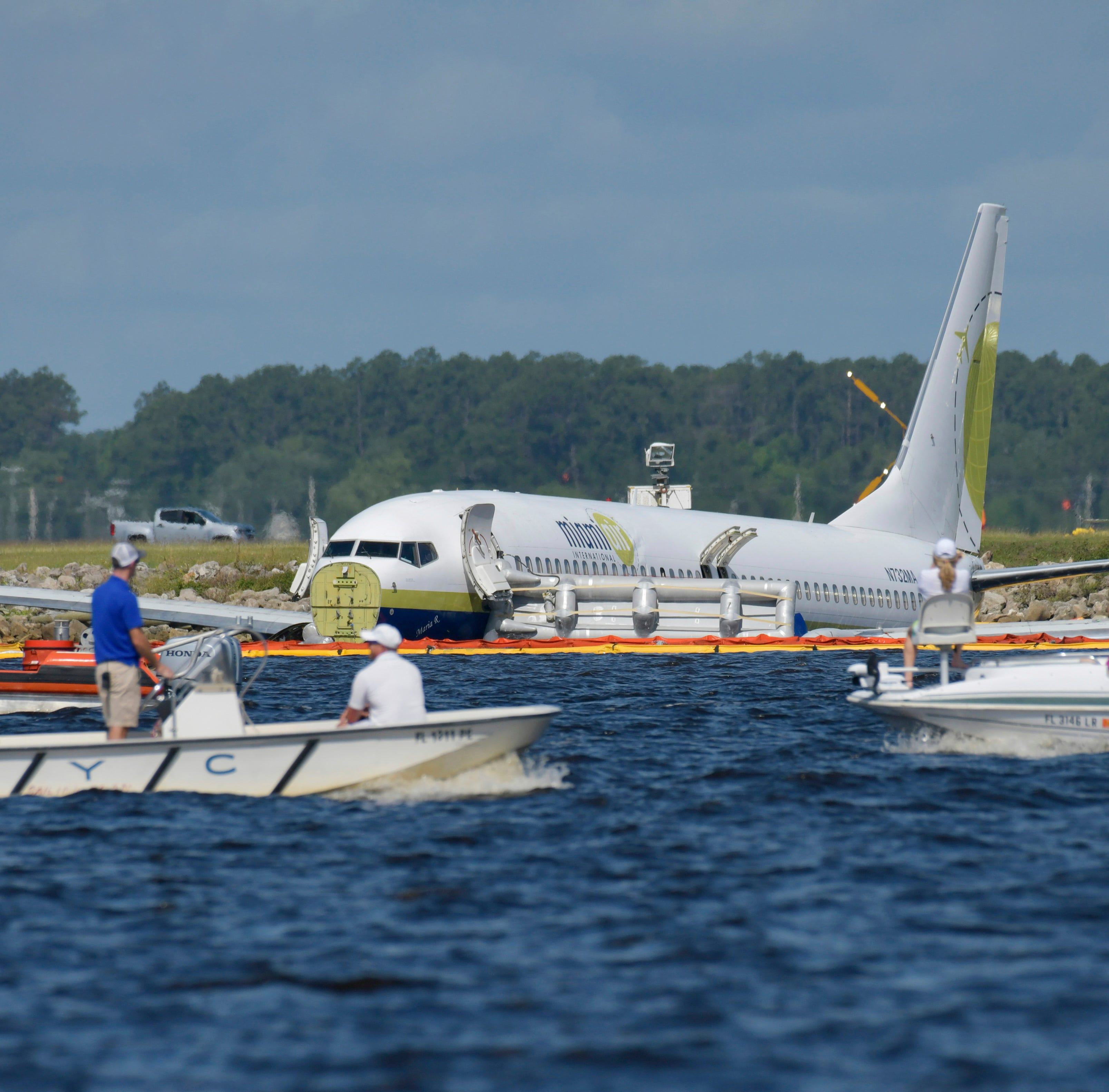 Black box found after crash landing of Boeing 737 in Jacksonville, Florida; plane had a/c problems earlier