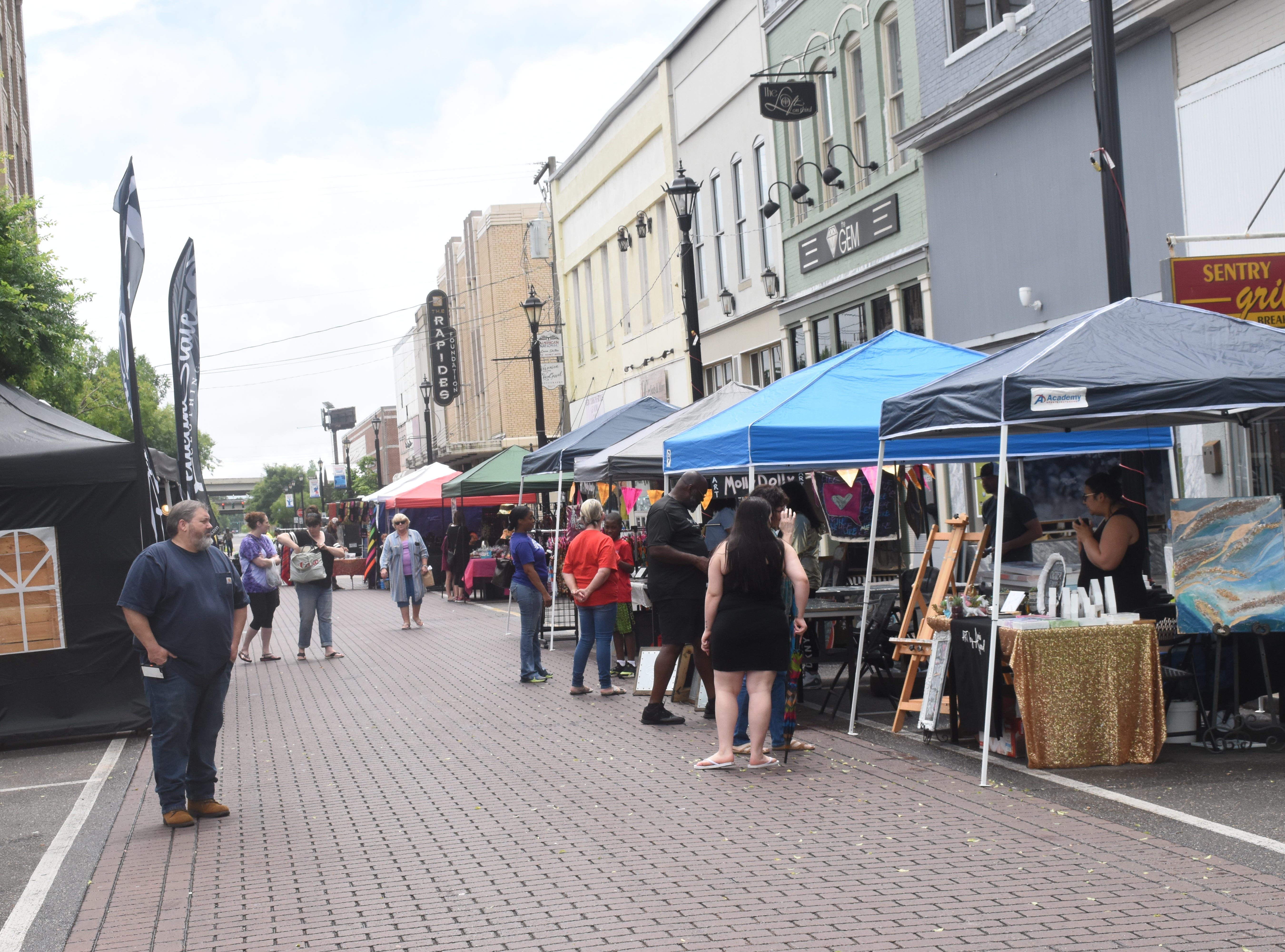 The Alexandria Red River Festival continued Saturday, May 4, 2019 in downtown Alexandria with live music, vendors, the Classic Car and Truck Show, a barbecue cook-off and children's activities. The festival continues Sunday with music and Cinco de Mayo activities.