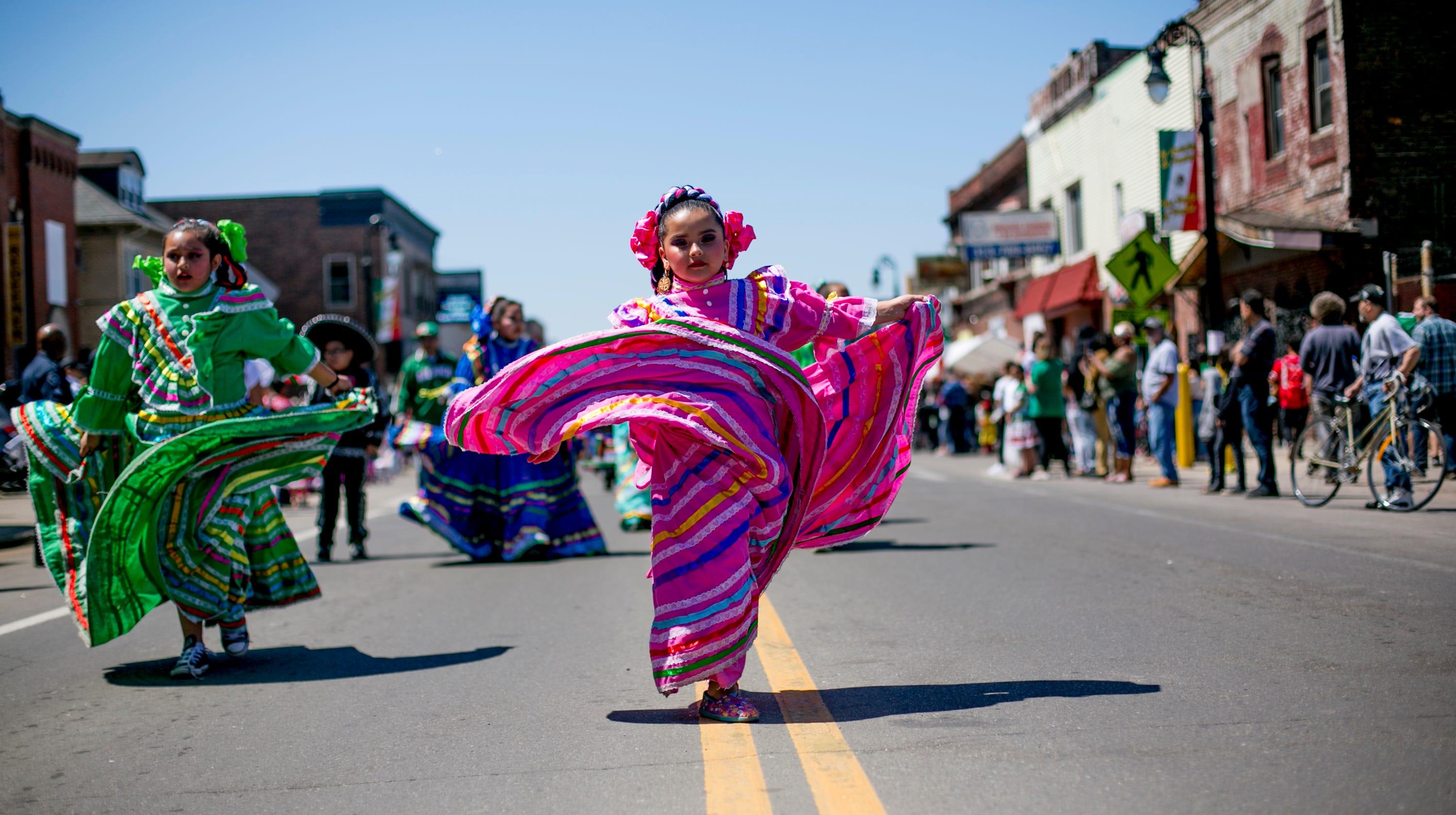 08ee259af Detroit Cinco de Mayo Parade celebrates Mexican culture