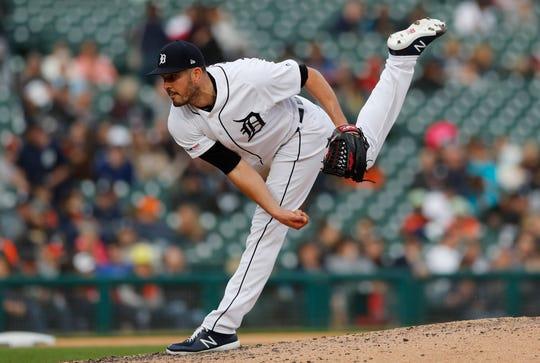 Detroit Tigers relief pitcher Drew VerHagen throws during the eighth inning.