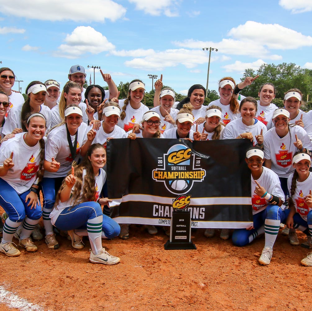 No. 2 UWF softball cruises to first GSC title since 2005