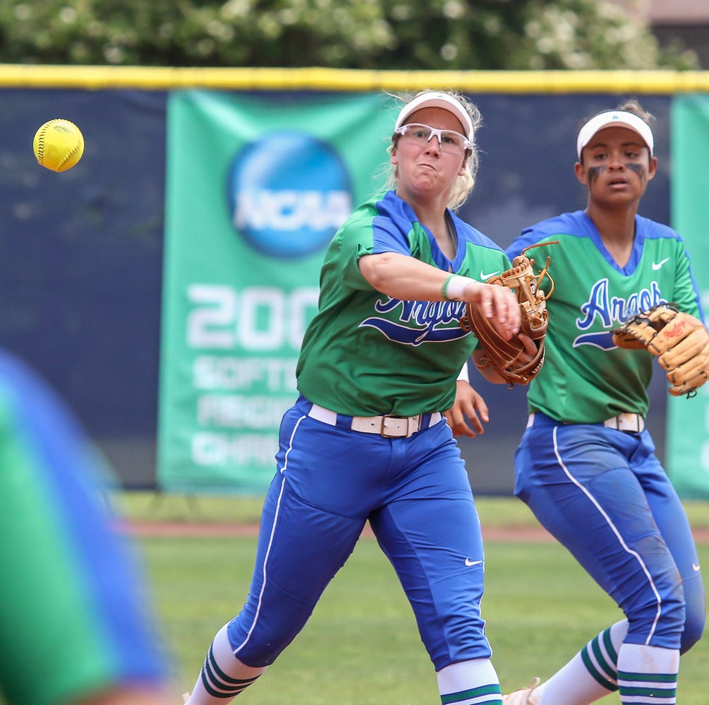 No. 2 UWF softball makes winning start to DII Softball Championships
