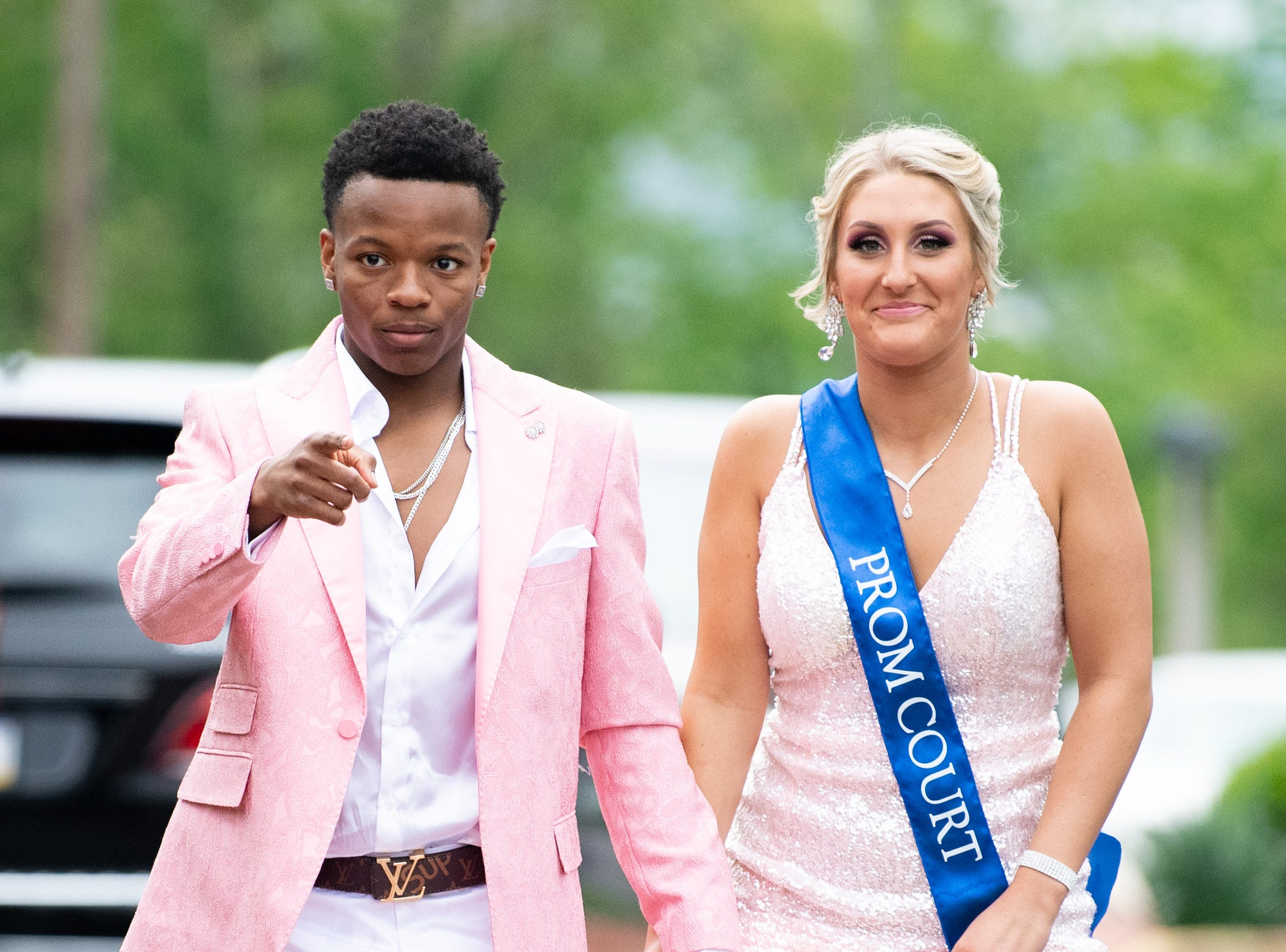 Students arrive at the Country Club of York for the West York prom, May 4, 2019.
