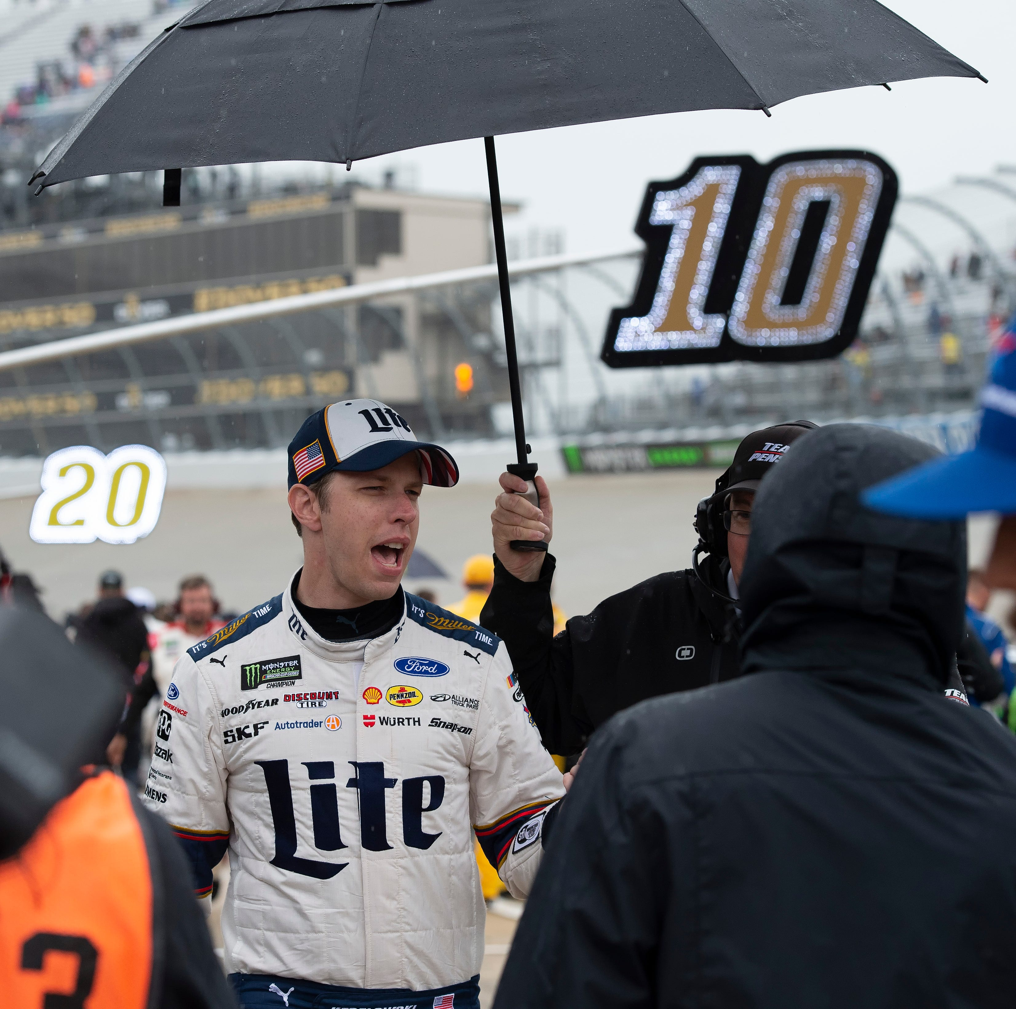 NASCAR Cup Series race at Dover postponed to Monday