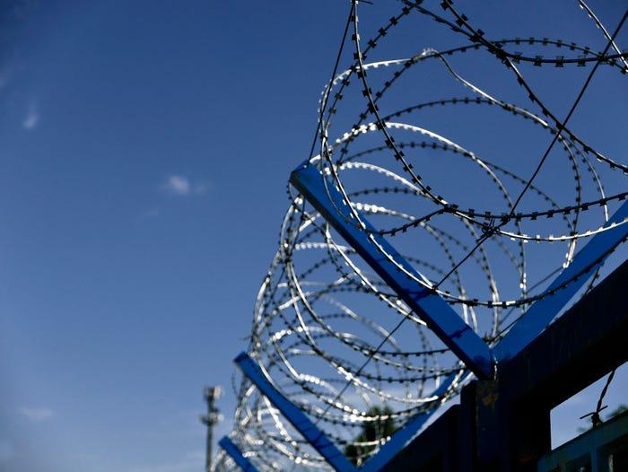Federal inmate who gave birth on ventilator dies of coronavirus