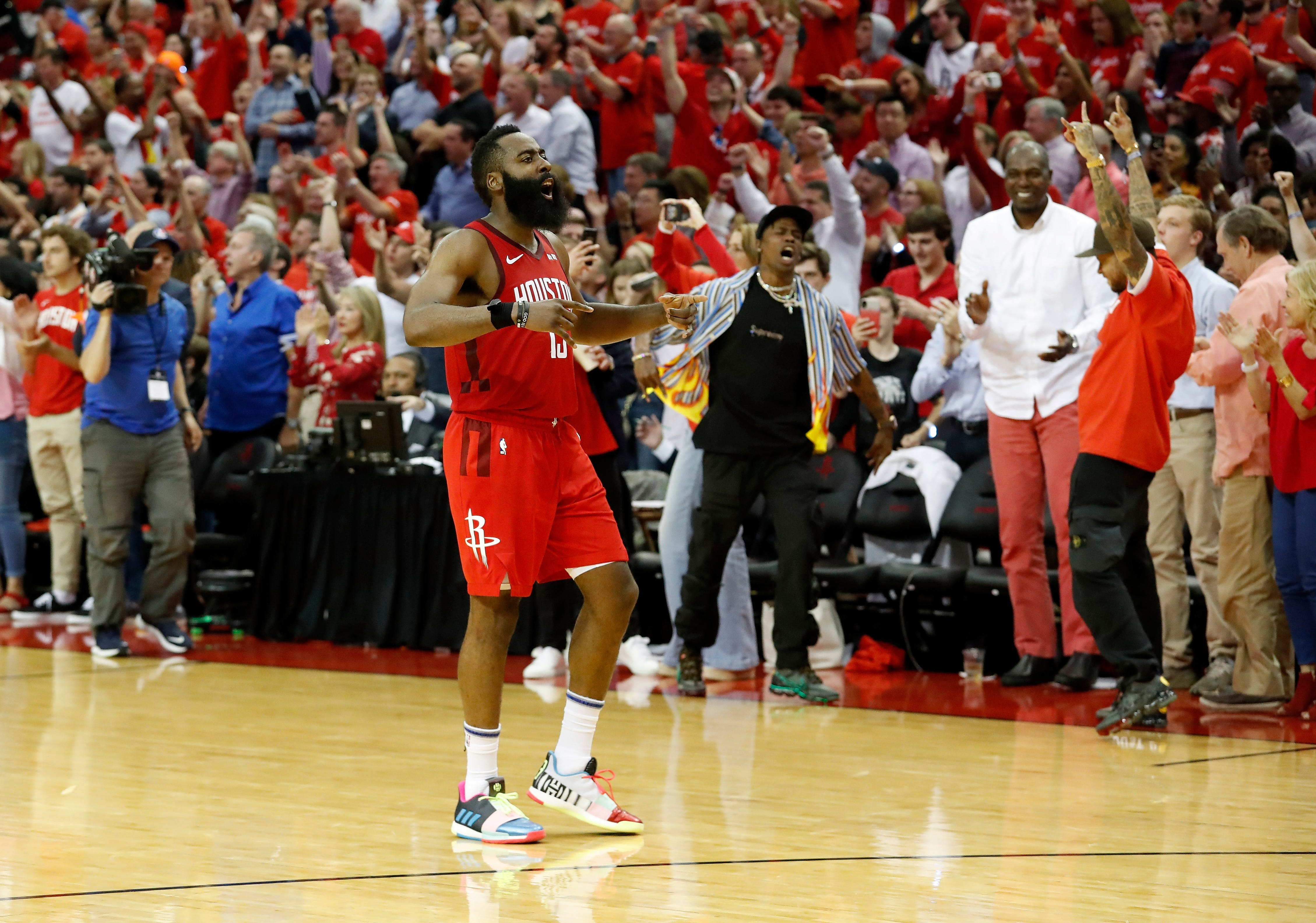 0fa74752e4f0 James Harden comes through late to lead Rockets past Warriors in Game 3