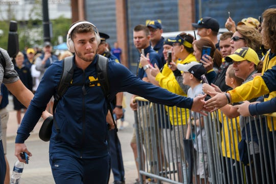"Shea Patterson: ""There's no better spot than Michigan for me. I've created so many relationships and bonds."""