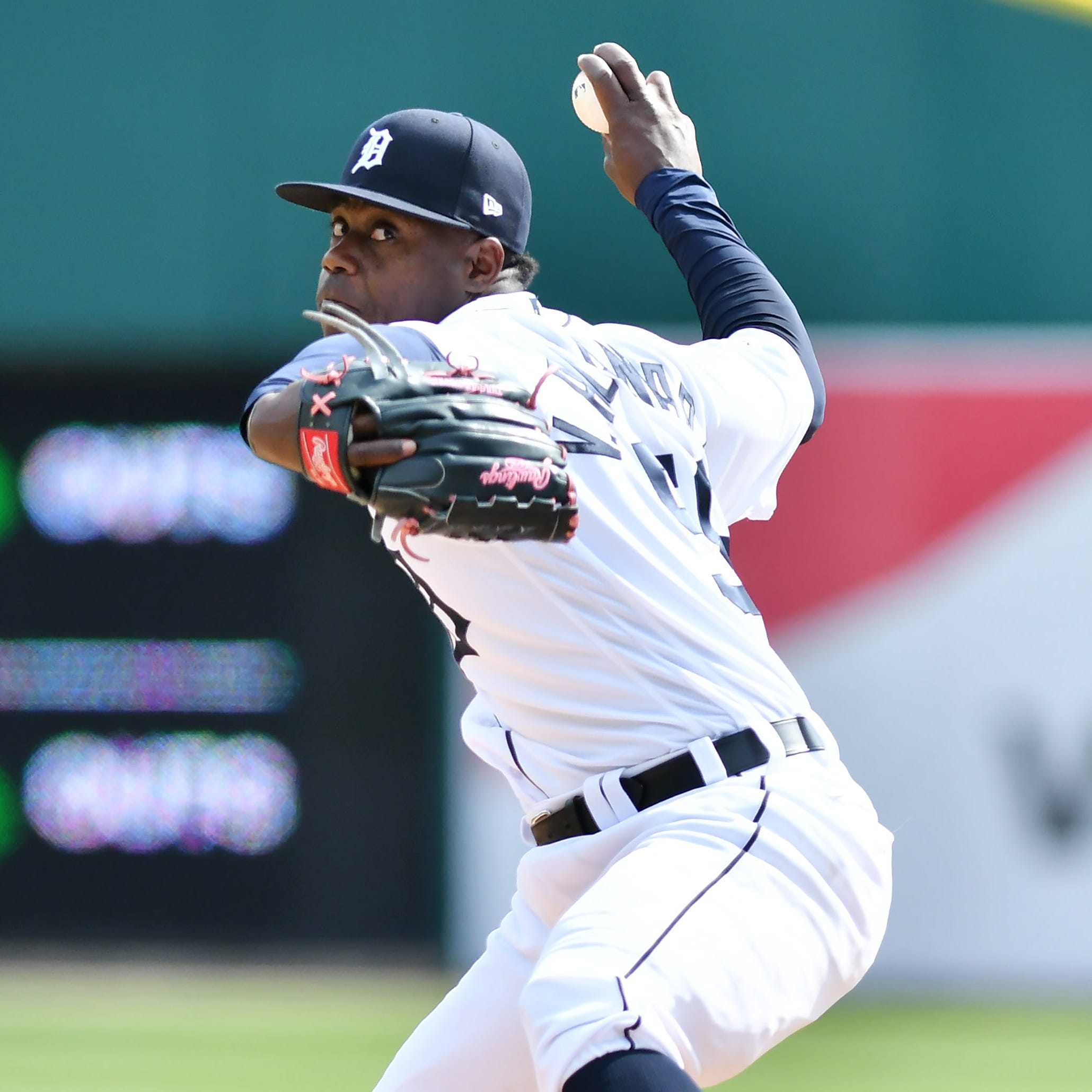 Streaks and slumps: Tigers' Cabrera, Castellanos hot; Alcantara, Goodrum not