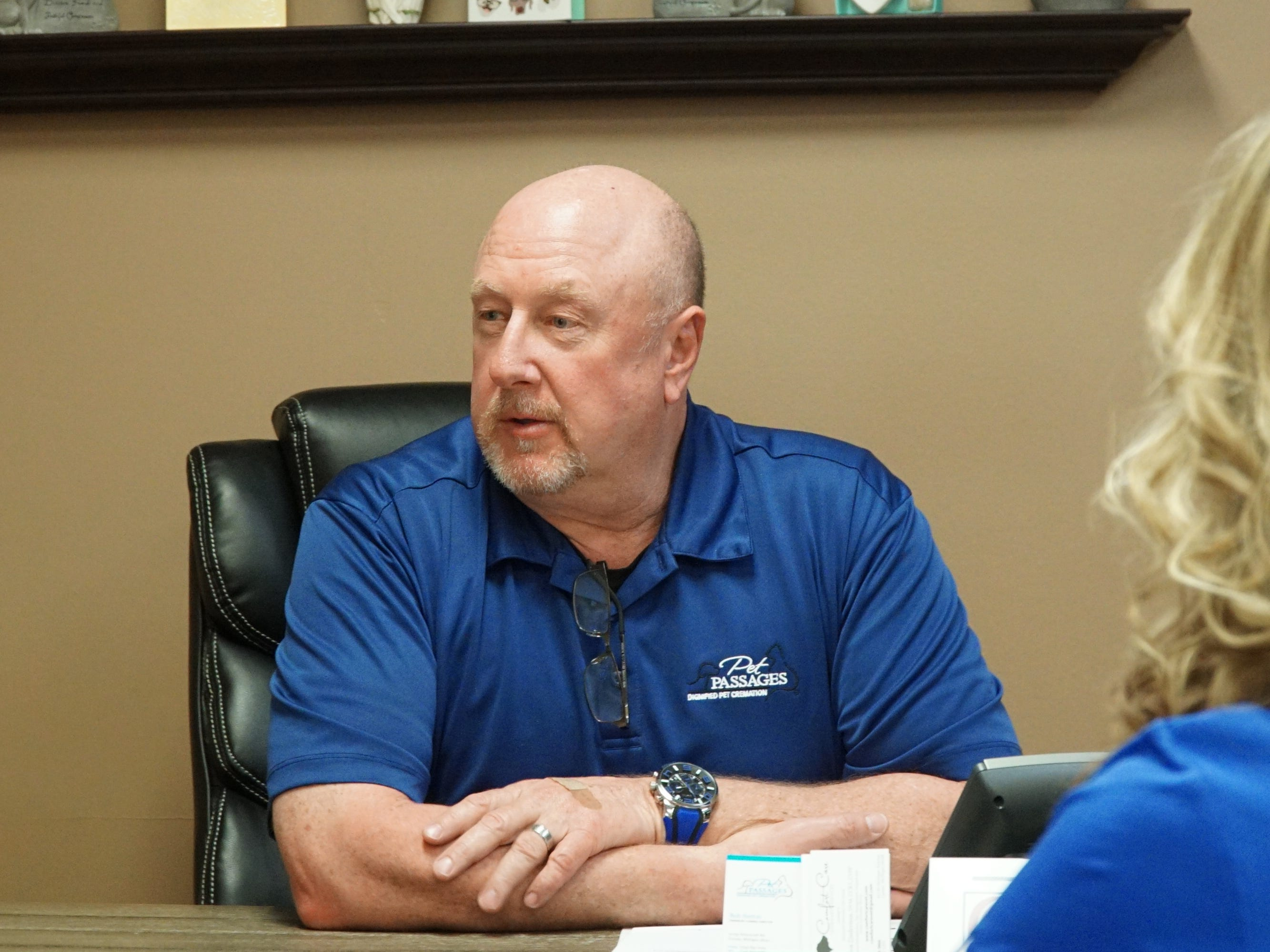 """Bob Sutton, left, and wife Wendy, talk about their Pet Passages funeral home at 31039 Schoolcraft in Livonia - a """"dignified pet cremation"""" business."""