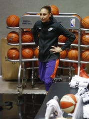 Phoenix Mercury guard Diana Taurasi rehabs during training camp in Phoenix May 5, 2019.