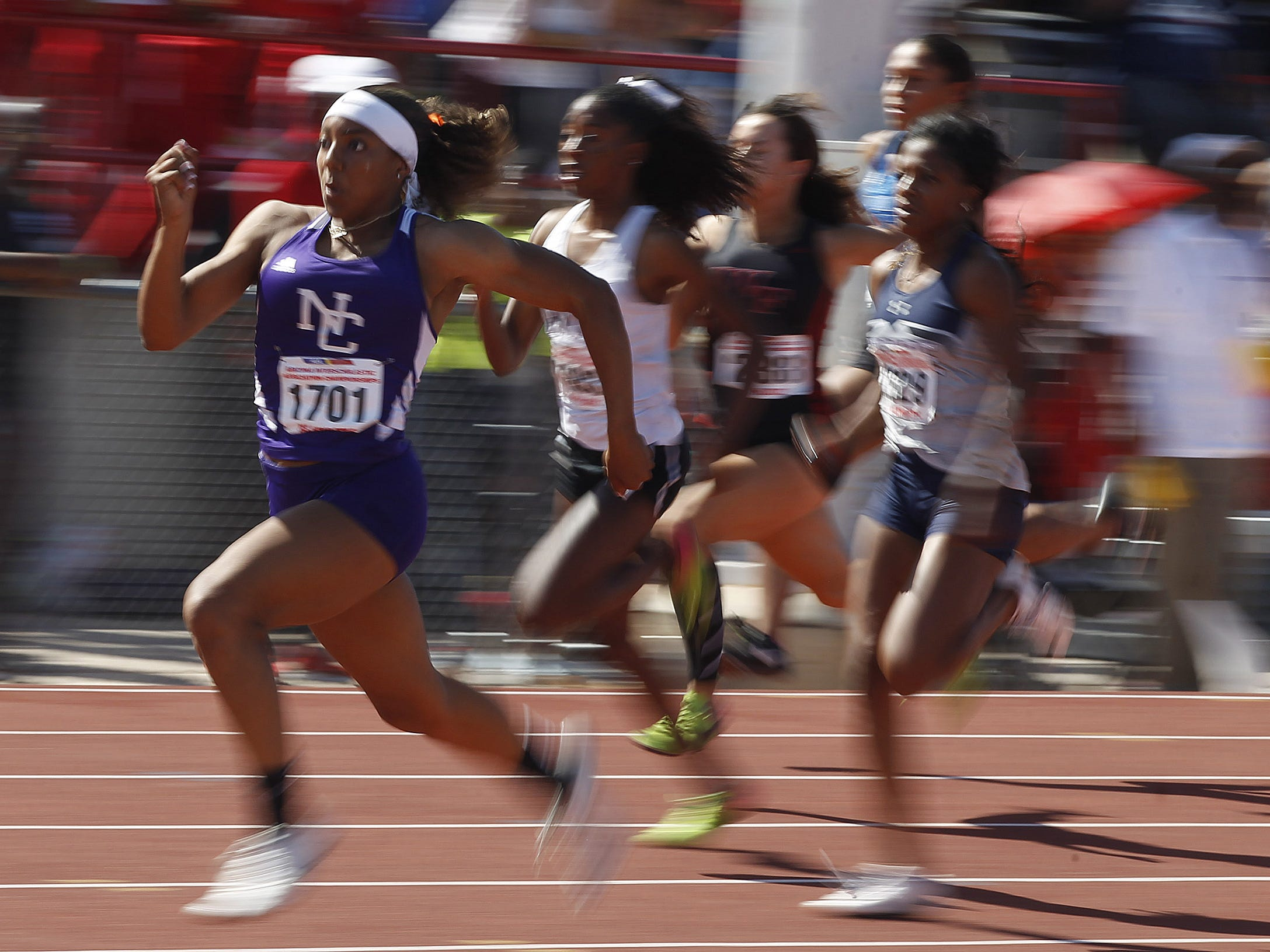 North Canyon's Jadyn Mays sprints away from the pack to win the Division II 100 meters championship during the 2019 Arizona State Track and Field Championship at Mesa Community College in Mesa, Arizona, May 04, 2019.