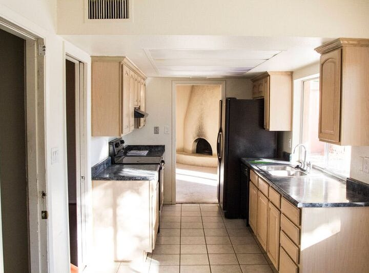 A before look at the galley kitchen.
