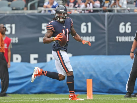 Former Bears receiver Kevin White scores a touchdown during the first half of a game against he Chiefs at Soldier Field.