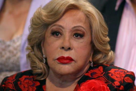 Silvia no dijo quién es su consentida, pero sí aclaró que ella casi no ve a Frida Sofía, se escriben, pero casi no hablan.