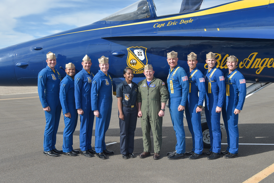 Yeoman 2nd Class DaNaujzia Carabello poses for a picture with Vice Admiral DeWolfe H. Miller III and the BLue Angels team. Both Carabello and Miller are York natives.