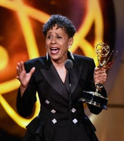 "Vernee Watson accepts the supporting actress in a drama series award for ""General Hospital."""