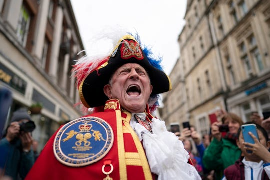 Town crier Tony Appleton announces the birth of baby boy to Prince Harry, Duke of Sussex and Meghan Duchess of Sussex, outside Windsor Castle, in Windsor, Britain, on May 6, 2019.