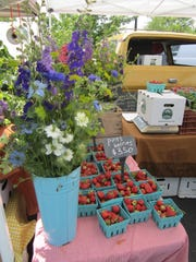 Get Mom a bouquet of flowers and pint of strawberries from Flying Cloud Farm