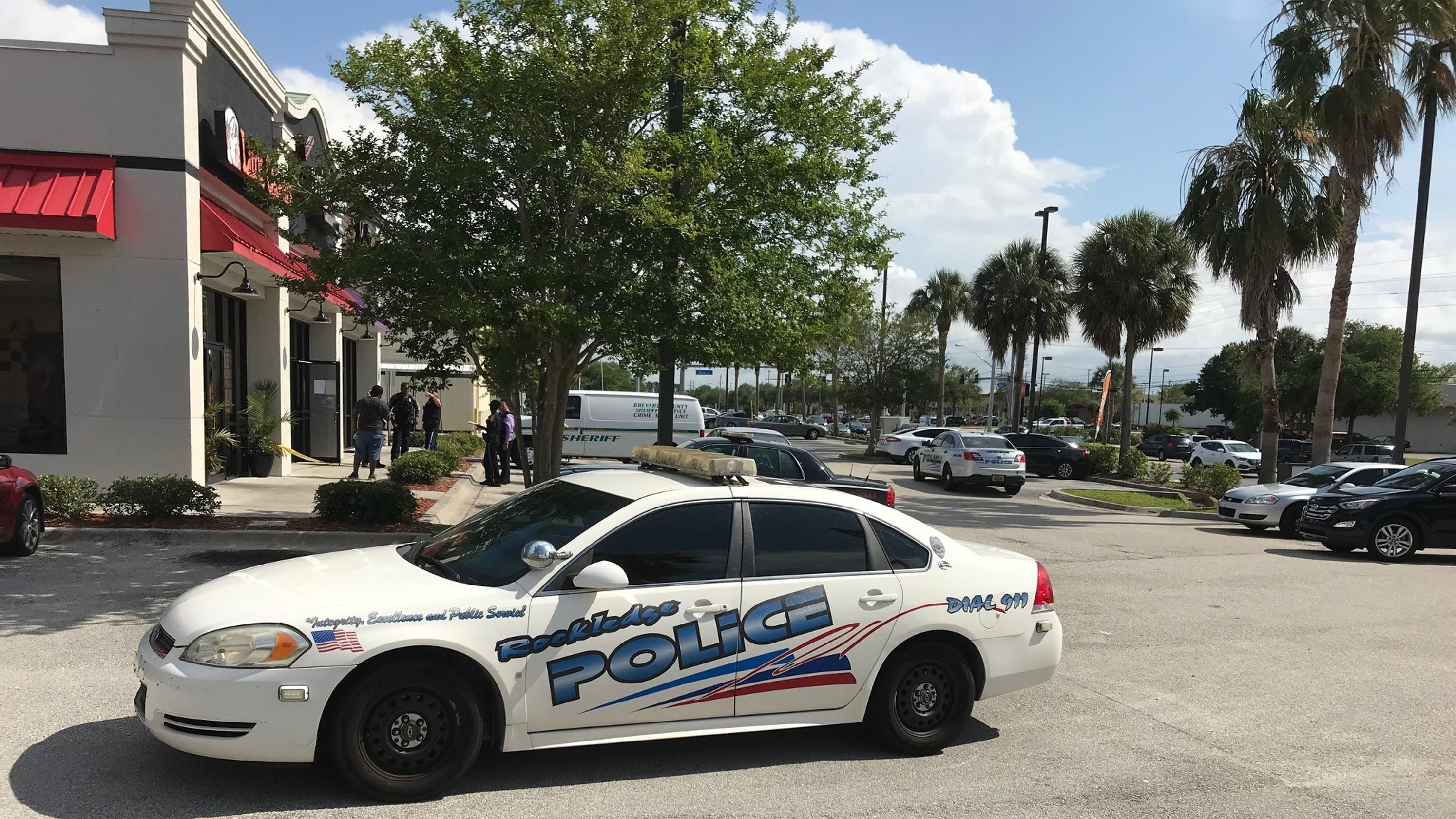 Rockledge Police Search For Suspects After Armed Robbery