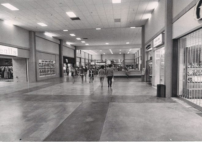 Shoppers walk through the brand new Padre Staples Mall in Corpus Christi on July 29, 1970. The grand opening was July 30, 1970.