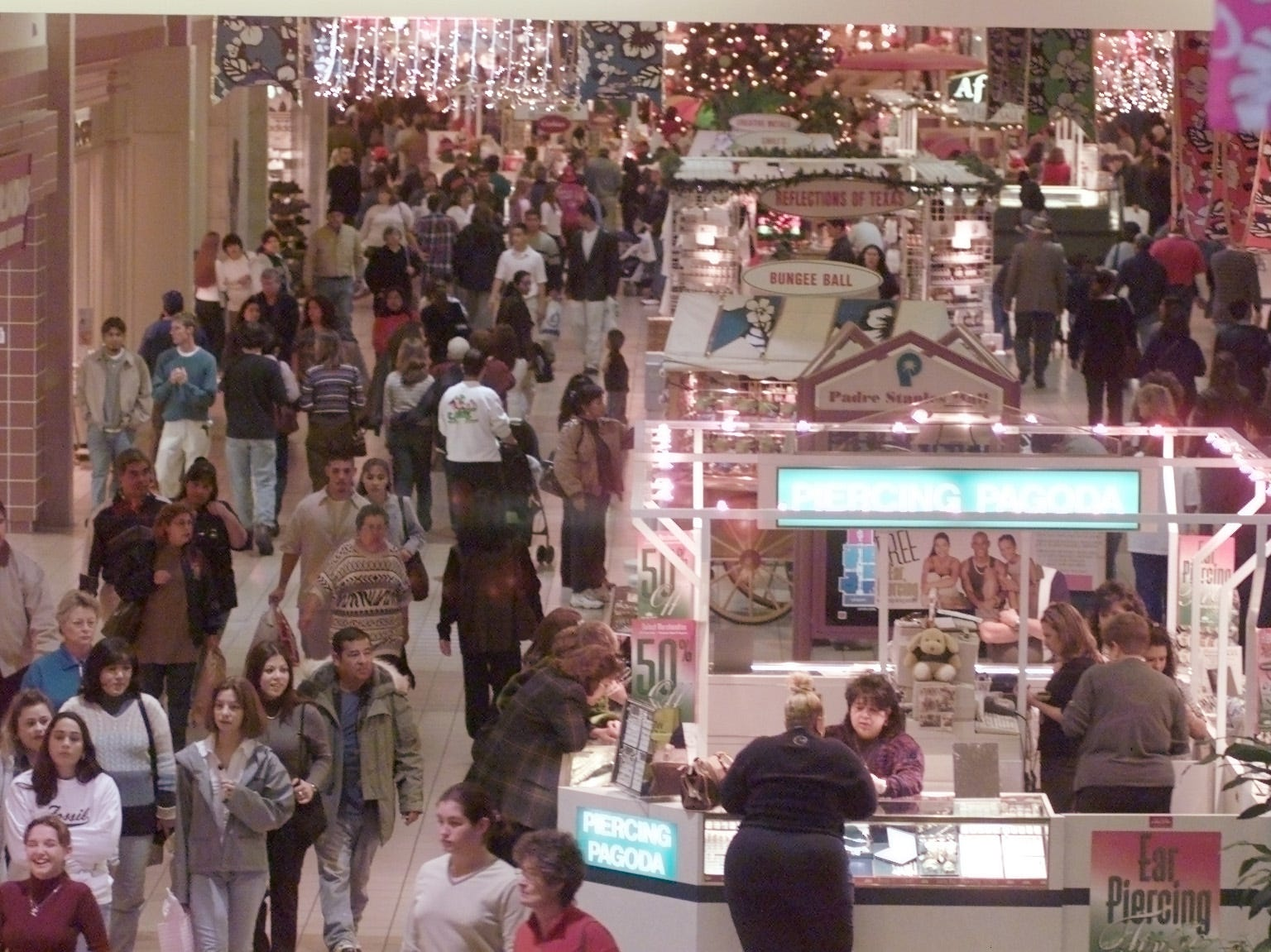 Shoppers at Padre Staples Mall in Corpus Christi during the holiday season in December 1999.