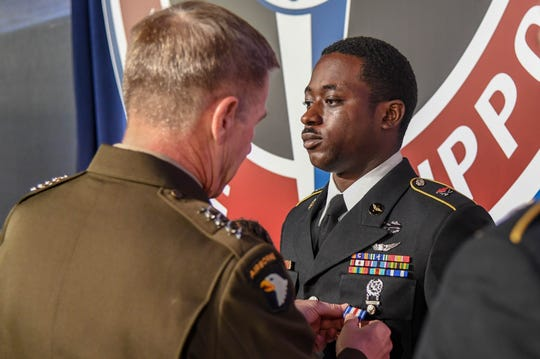 Sgt. Emmanuel Bynum of the 101st Combat Aviation Brigade receives the Silver Star on April 16, 2019, for heroism in combat during a medevac mission last year in Afghanistan.