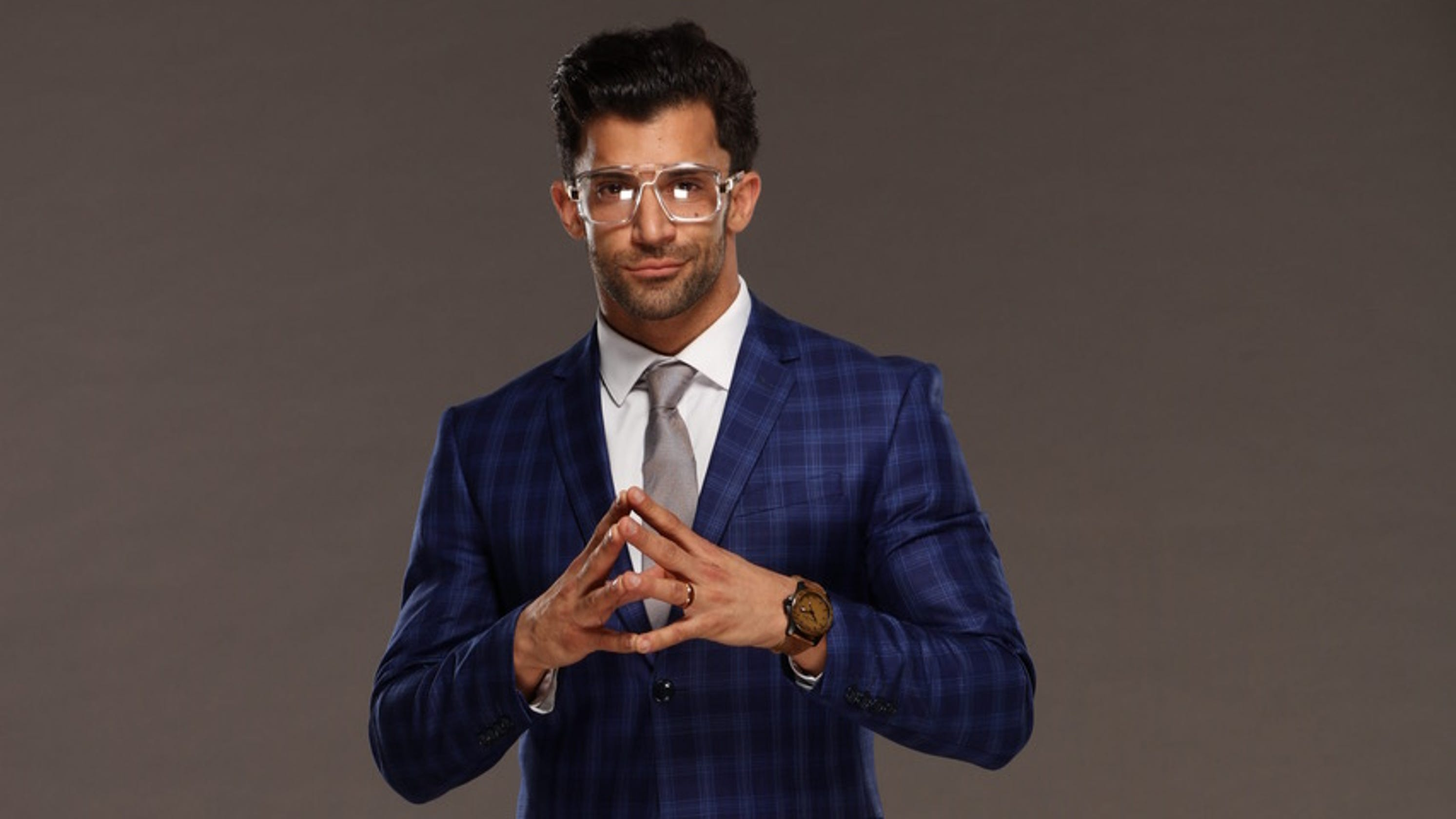 WWE: NJ's Rob Strauss brands himself in the ring