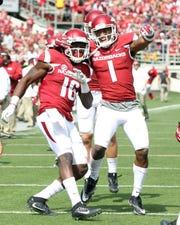 Arkansas wide receiver La'Michael Pettway (16) celebrates after scoring a touchdown in 2016.