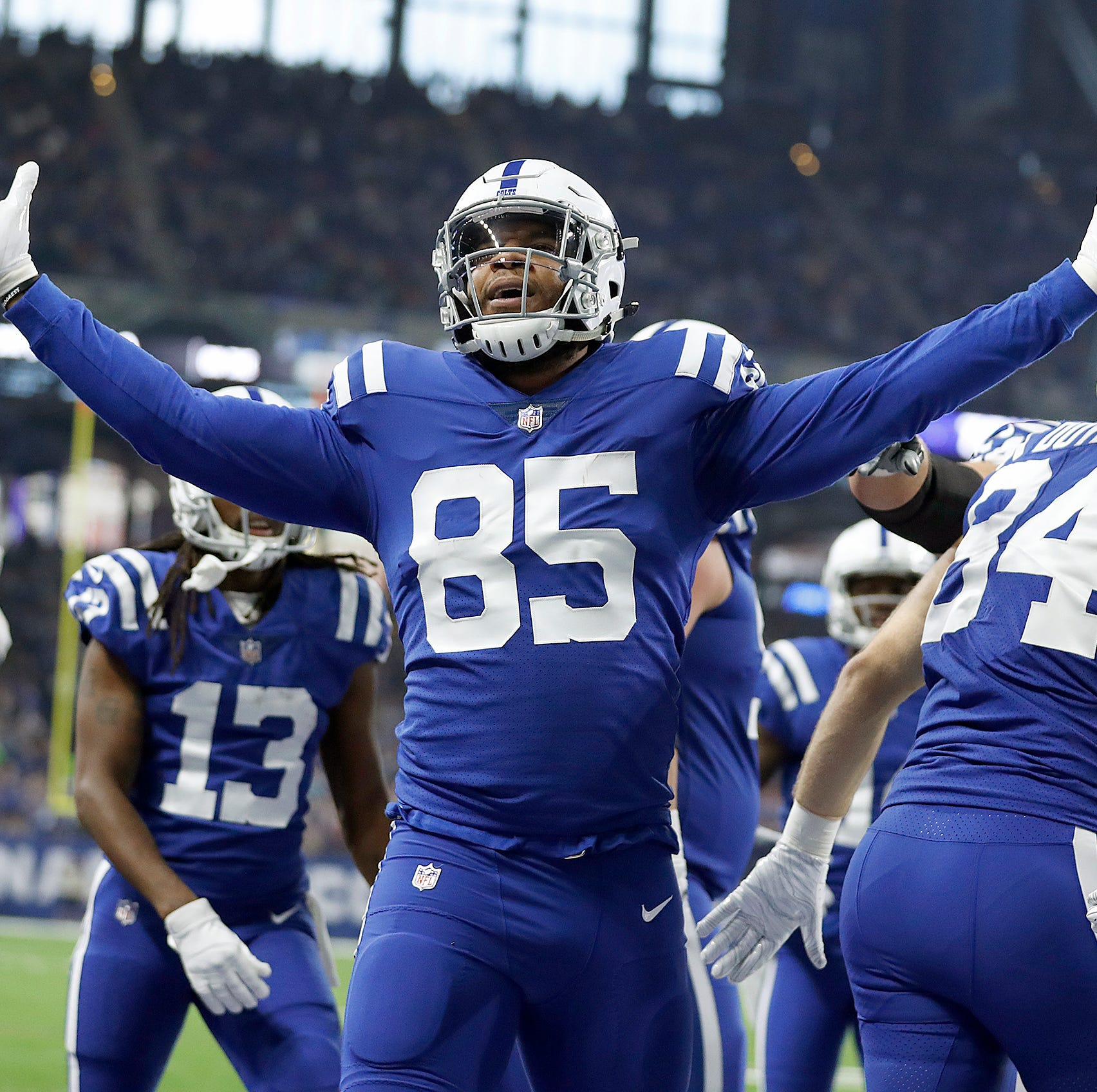 Fully at home with Colts, Eric Ebron sets sights on Rob Gronkowski's record, Super Bowl