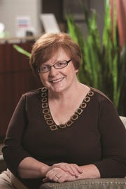 McLaren Greater Lansing Lung/Esophageal Oncology Nurse Navigator Becky Loomis, RN, BSN.