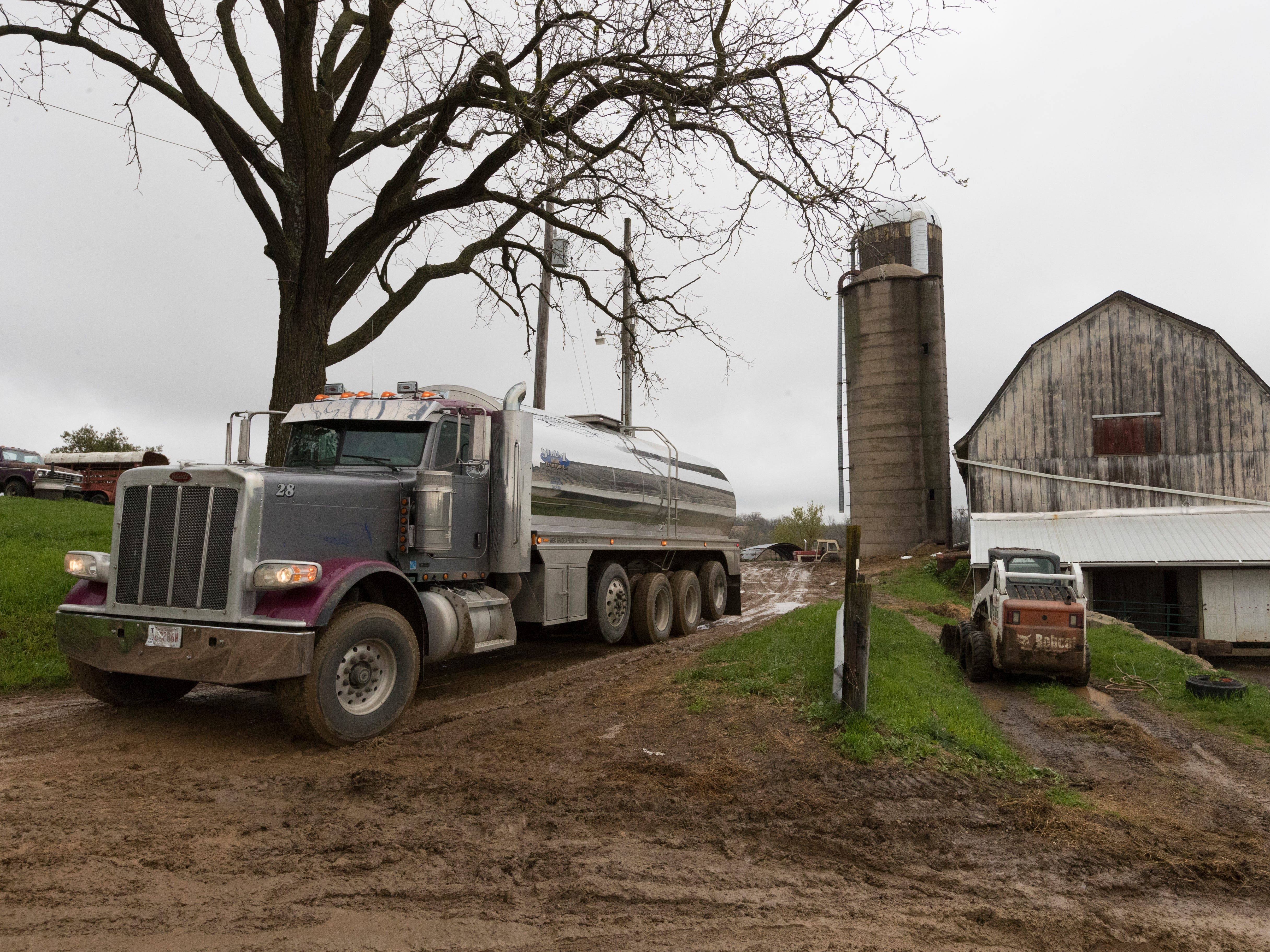 The milk truck makes what will probably be its final pick up at  Wylymar Farms.