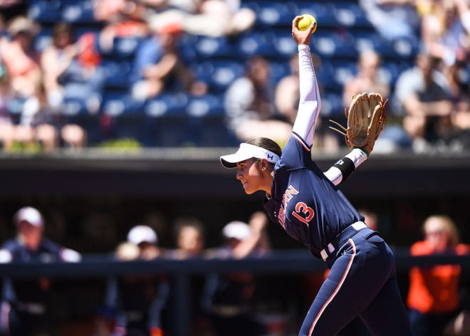 Auburn's Chardonnay Harris (13) pitches against Florida on Saturday, April 27, 2019, in Auburn, Ala.