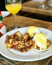 Anthony David's crab cake Benedict