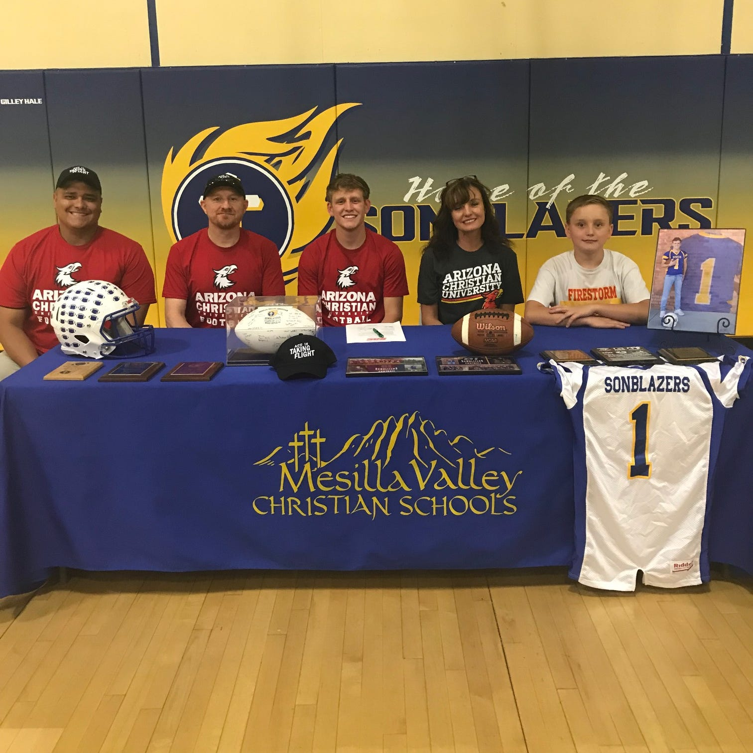 Mesilla Valley Christian's Coyle signs to play college football at Arizona Christian