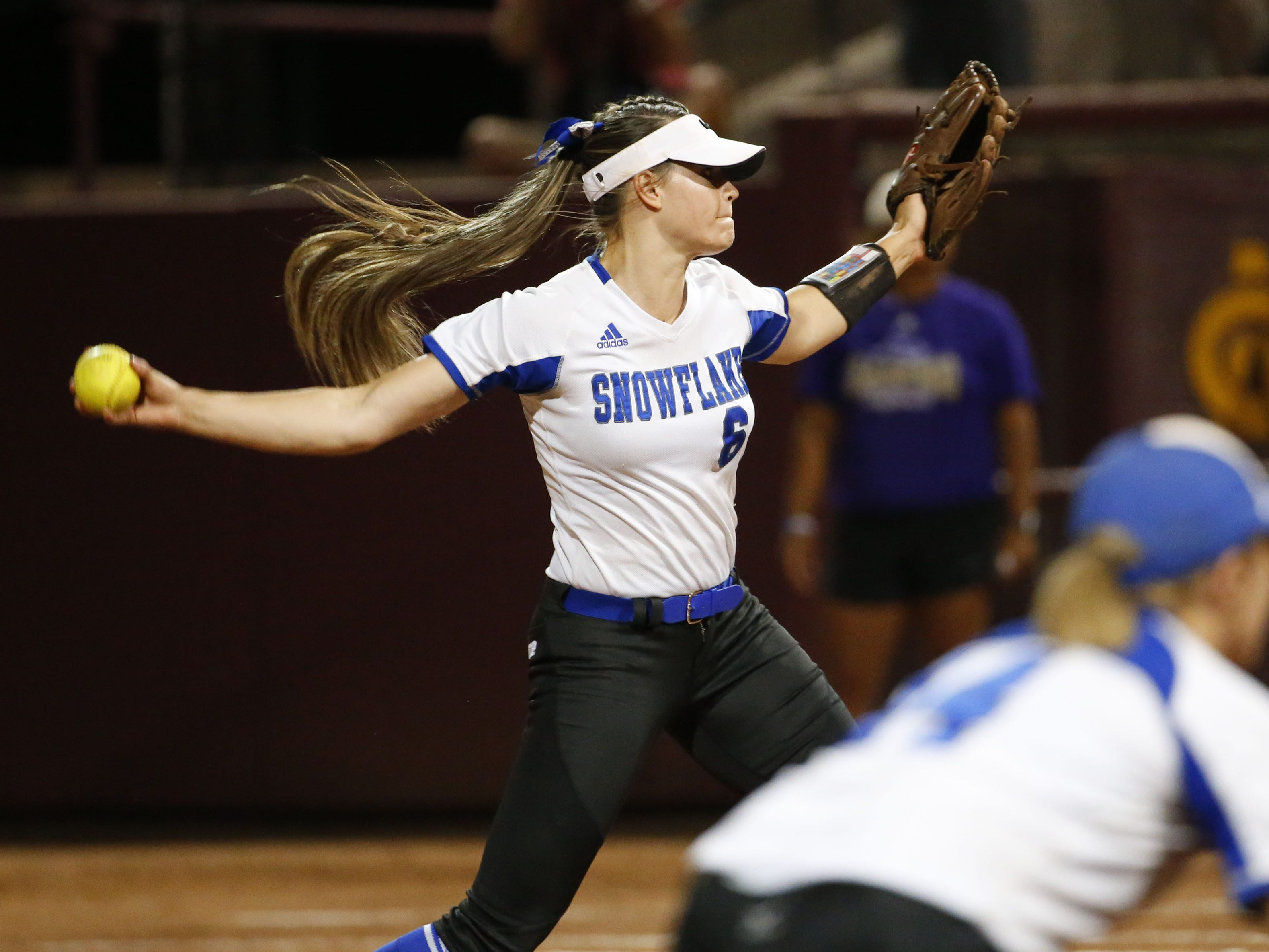 Snowflake pitcher Anna Berger (6) throws against Sabino during the 3A softball state championship game in Tempe May 6, 2019.