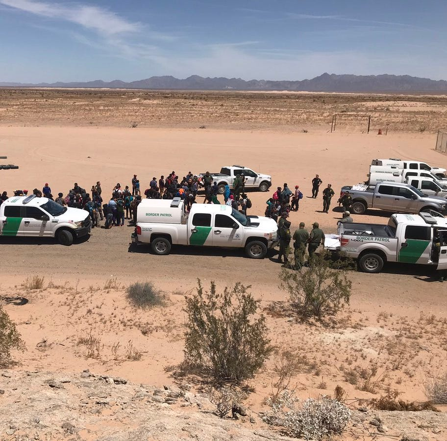 Officials: More than 1,500 migrants detained in Arizona over 3 days