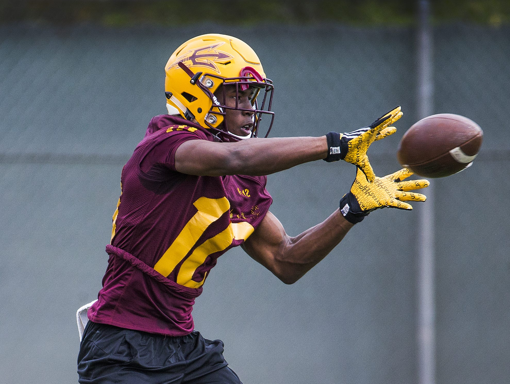 Wide receiver Kyle Williams catches a pass during practice with the Arizona State Sun Devils in Tempe, Thursday, April 12, 2018.