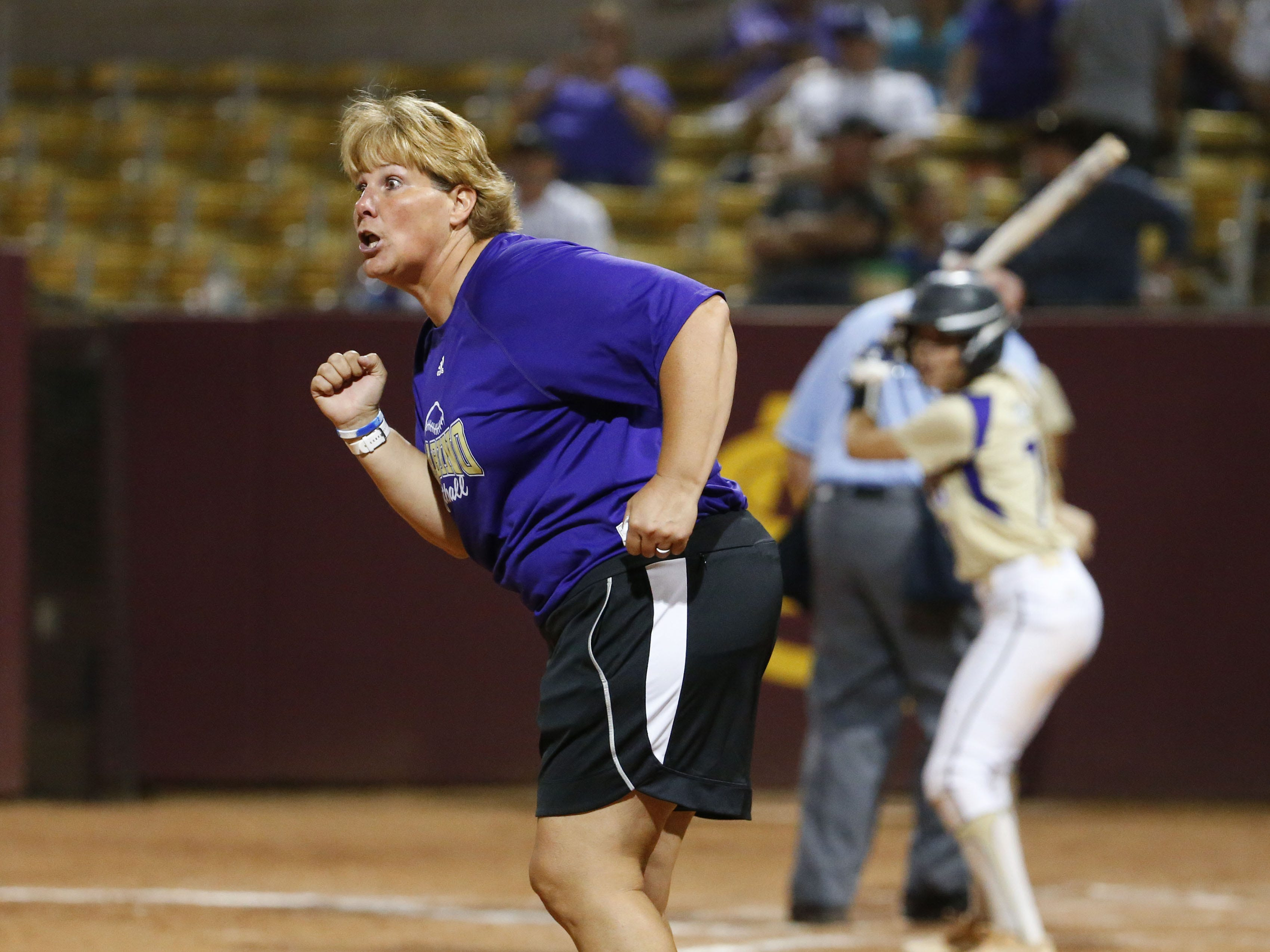 Sabino head coach Chris Stainer reacts to a hit against Snowflake during the 3A softball state championship game in Tempe May 6, 2019.