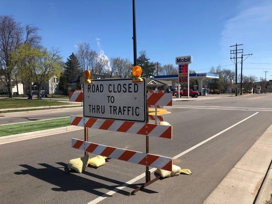 A road block on May 7 , 2019 along Thomas Street, as construction kicks off.