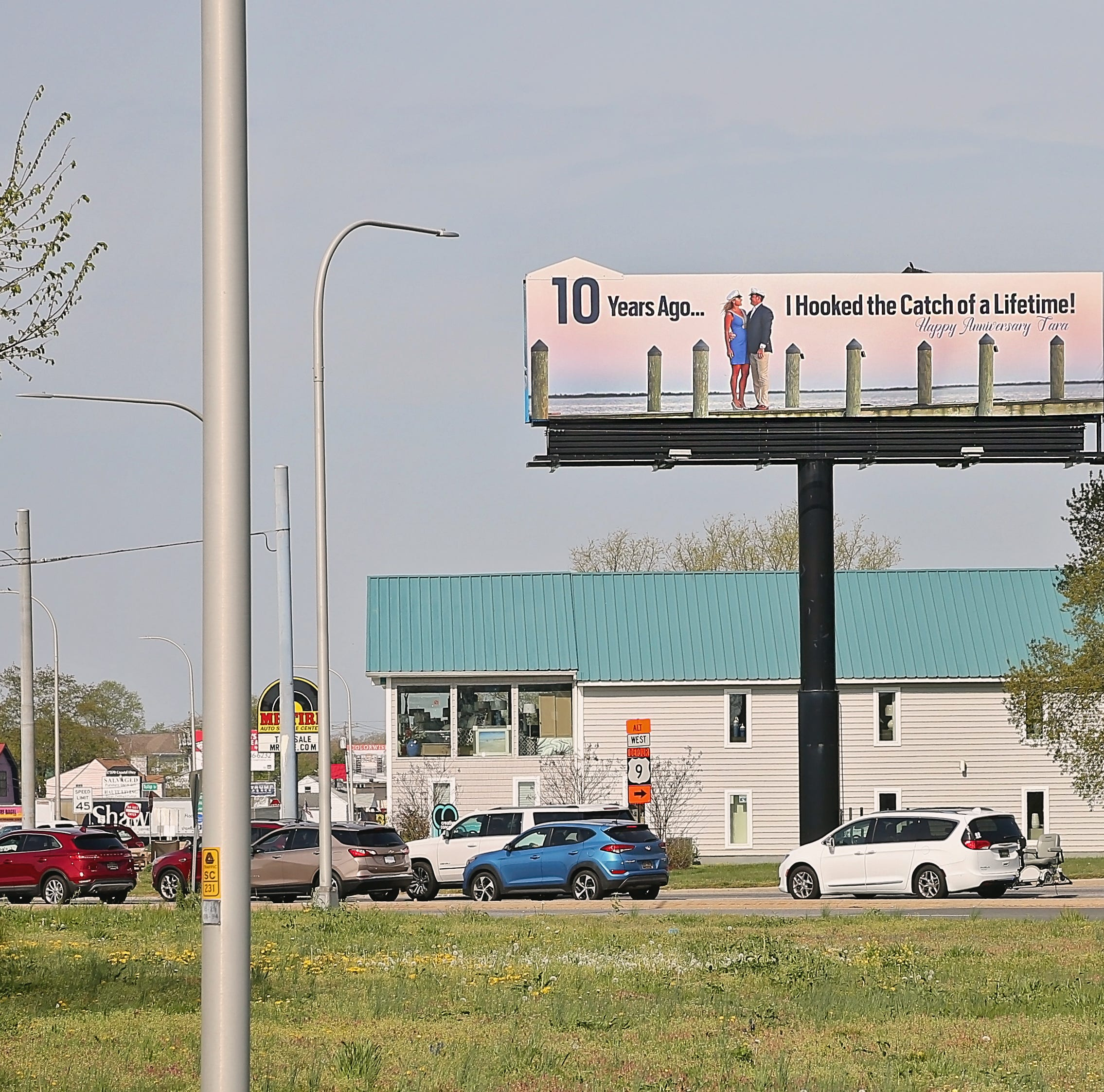 Rehoboth man surprises wife with huge billboard for 10th anniversary