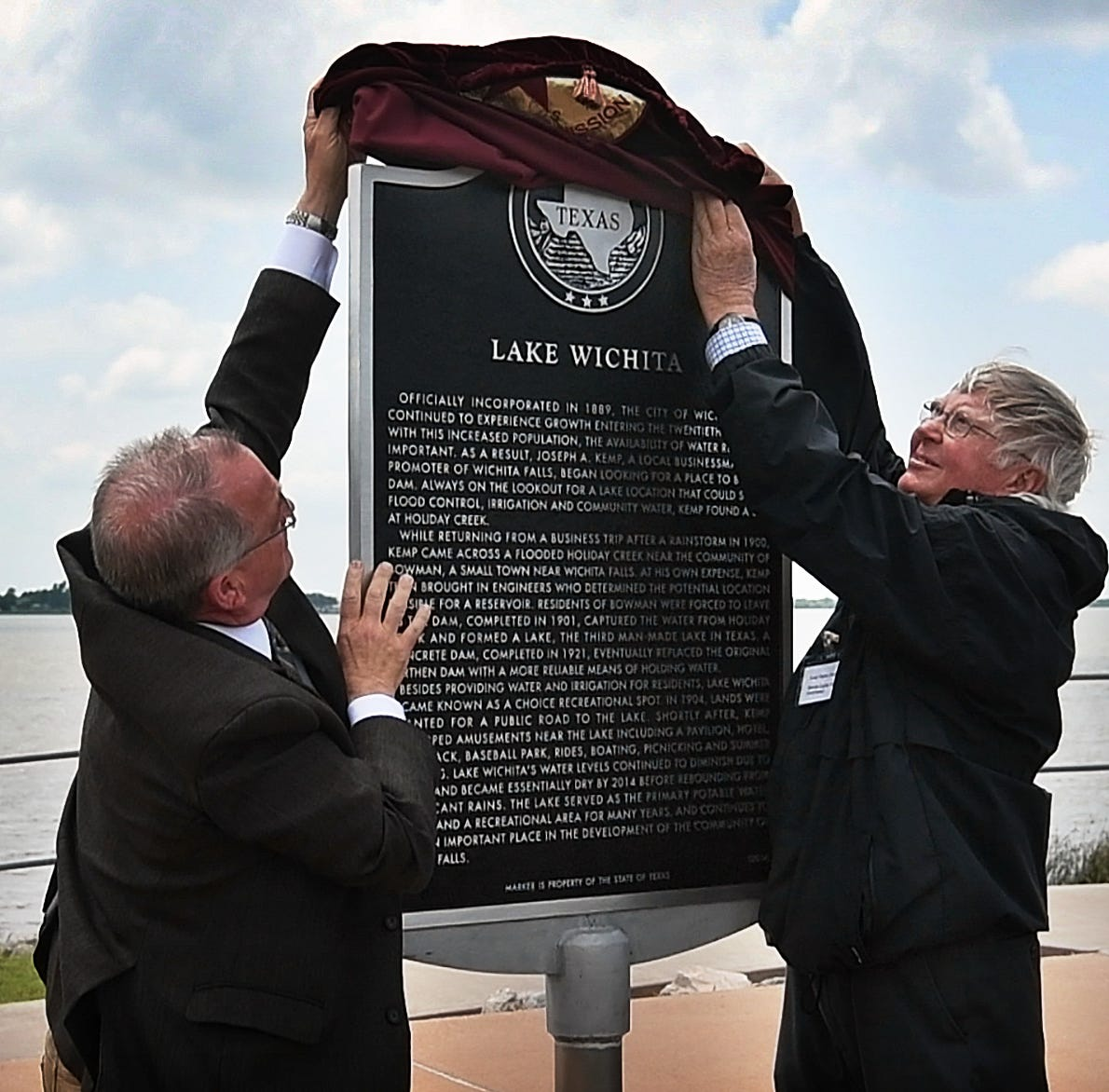 Lake Wichita receives marker, new Friends of Reservoirs executive director named