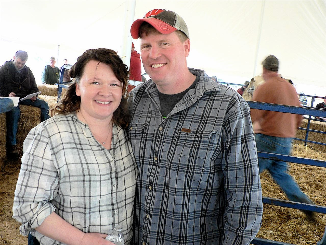 Herd owners Mark and Beth Heinze were pleased with the sale.