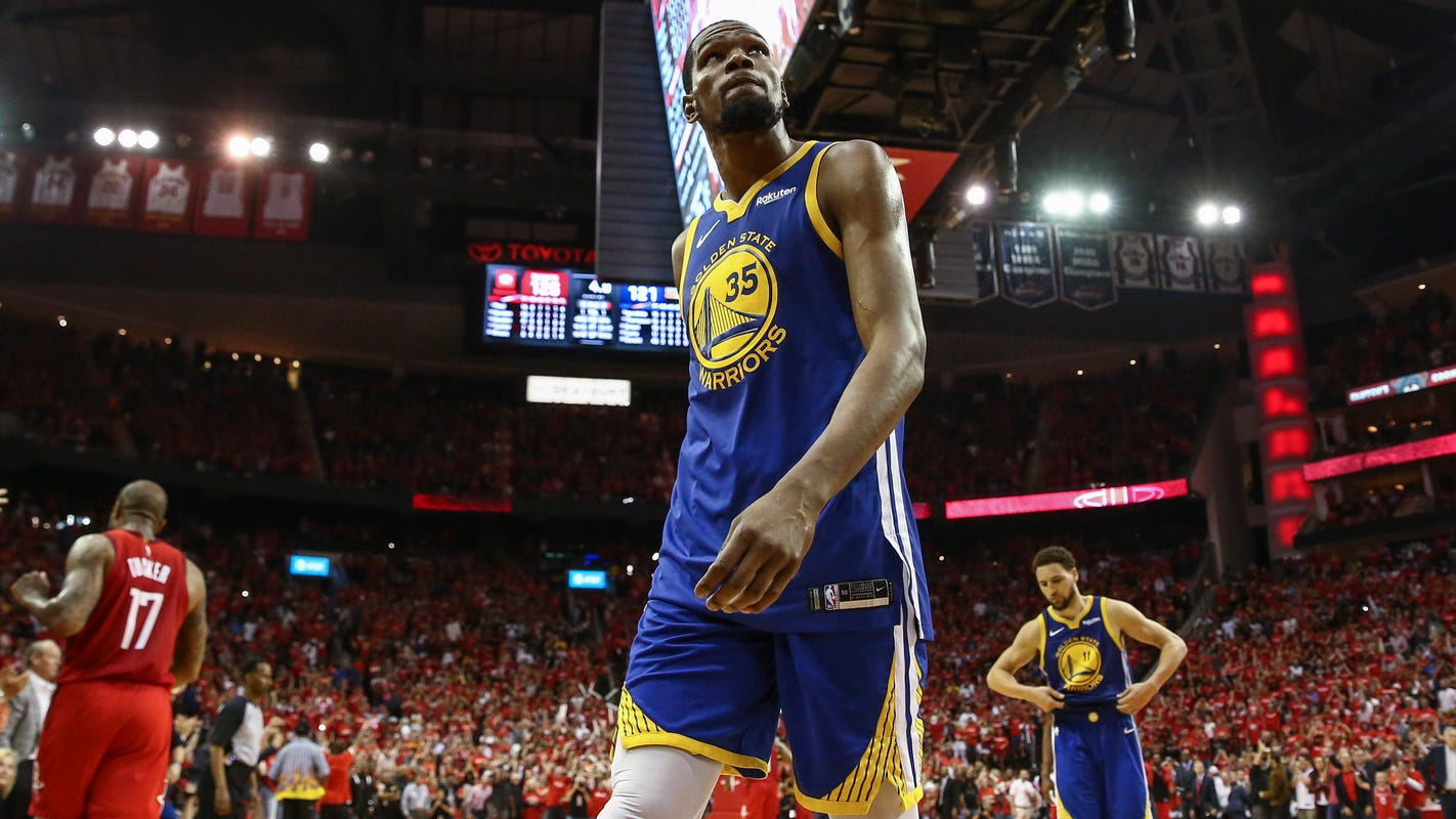 f7be83c42a0 NBA playoffs  Kevin Durant taunted with  New York Knicks  chants