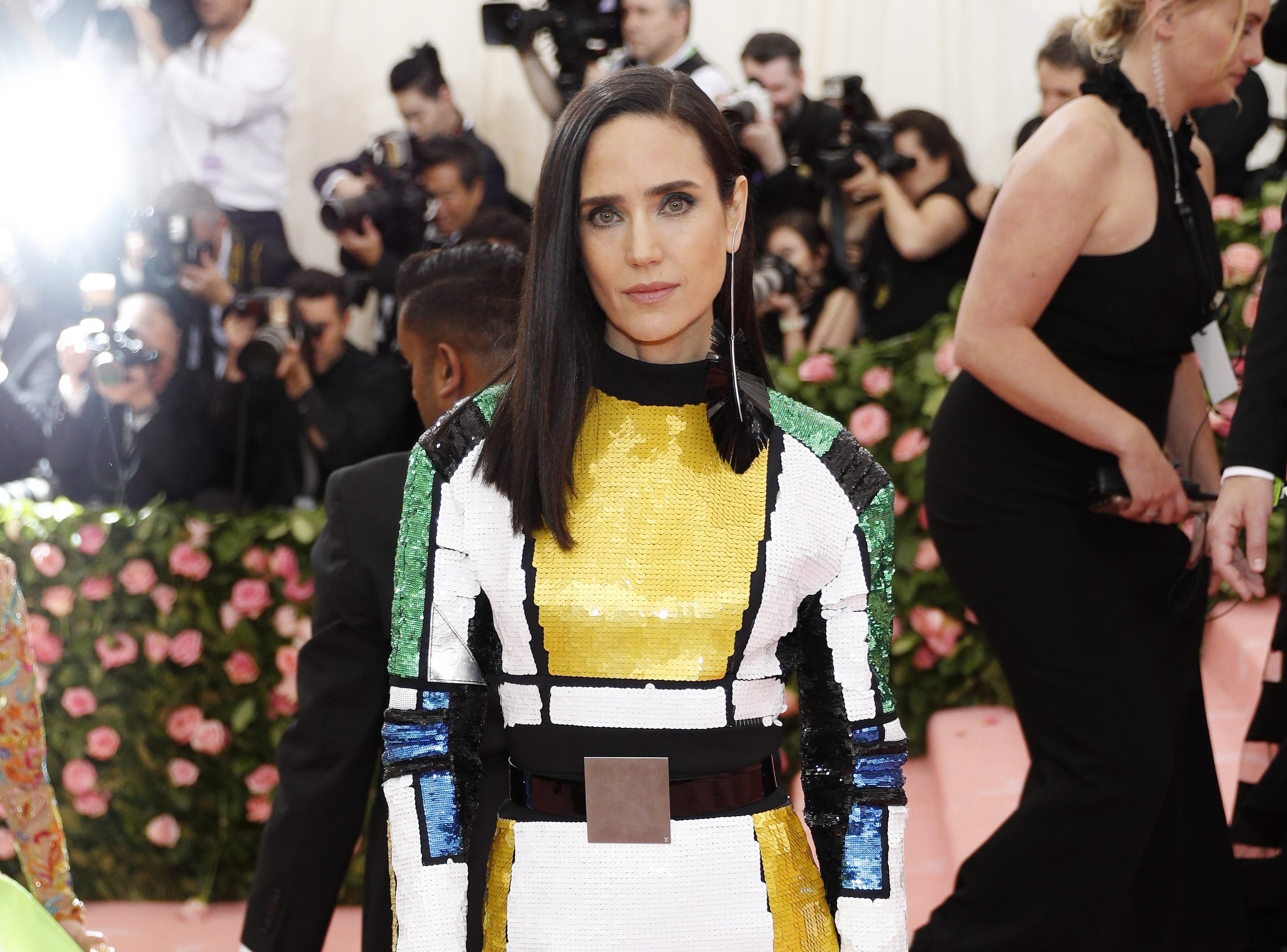epa07552402 Jennifer Connelly arrives on the red carpet for the 2019 Met Gala, the annual benefit for the Metropolitan Museum of Art's Costume Institute, in New York, New York, USA, 06 May 2019. The event coincides with the Met Costume Institute's new spring 2019 exhibition, 'Camp: Notes on Fashion', which runs from 09 May until 08 September 2019.  EPA-EFE/JUSTIN LANE ORG XMIT: MCX01