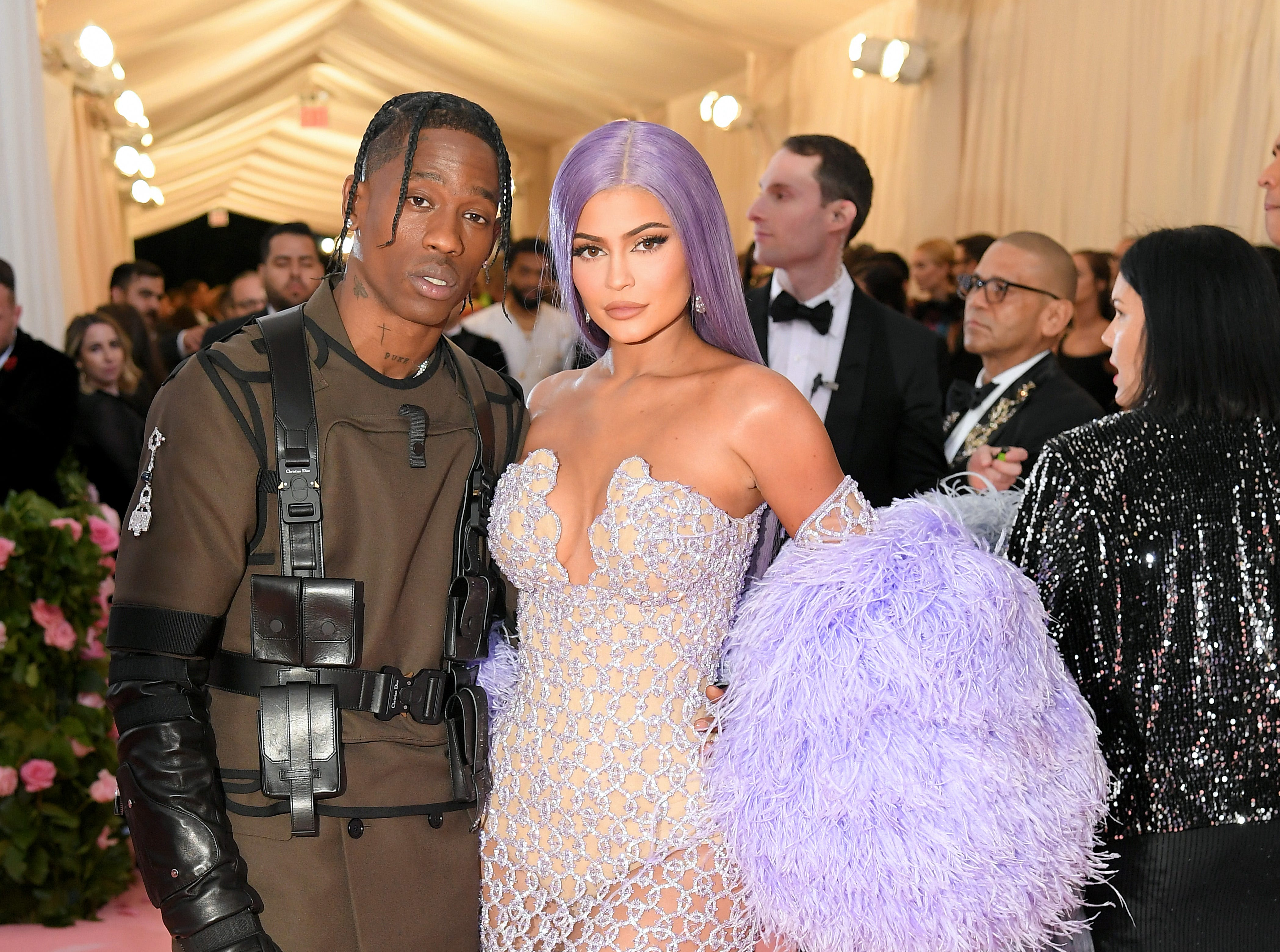 NEW YORK, NEW YORK - MAY 06: Travis Scott and Kylie Jenner attend The 2019 Met Gala Celebrating Camp: Notes on Fashion at Metropolitan Museum of Art on May 06, 2019 in New York City. (Photo by Neilson Barnard/Getty Images) ORG XMIT: 775333959 ORIG FILE ID: 1147429546
