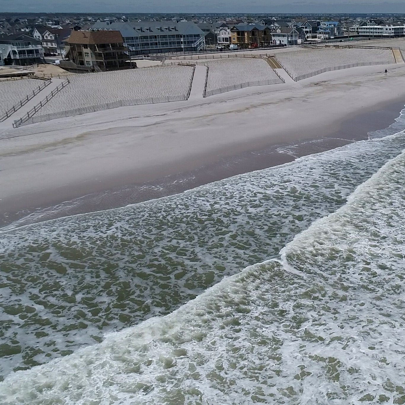 Killer in the waves: Experts urge beachgoers to be cautious